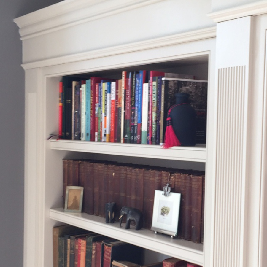 Hand Painted Bookcase Column Detail