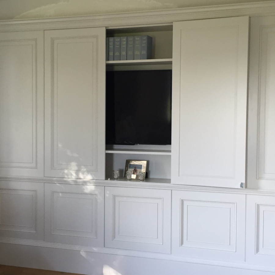 Hidden TV within Wall Panelling